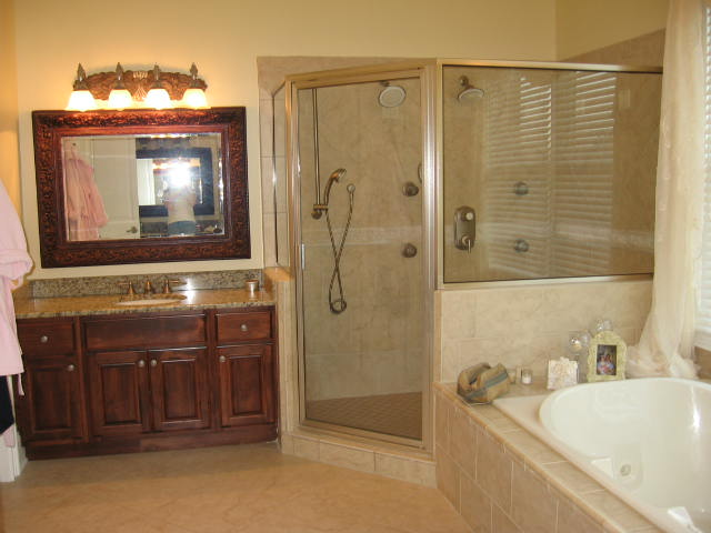 Knoxville bathroom remodeling for Bath remodel knoxville